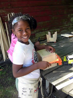 Nadiya works on her project